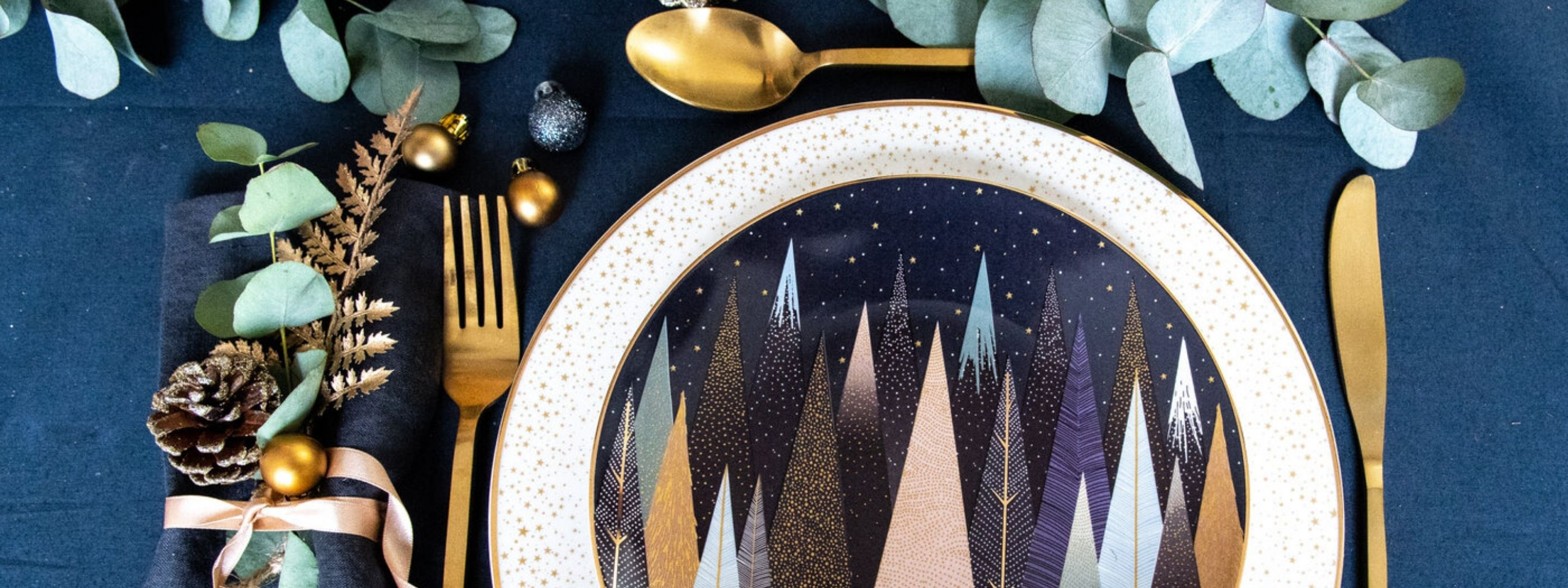 Sara Miller Frosted Pines Christmas Tableware