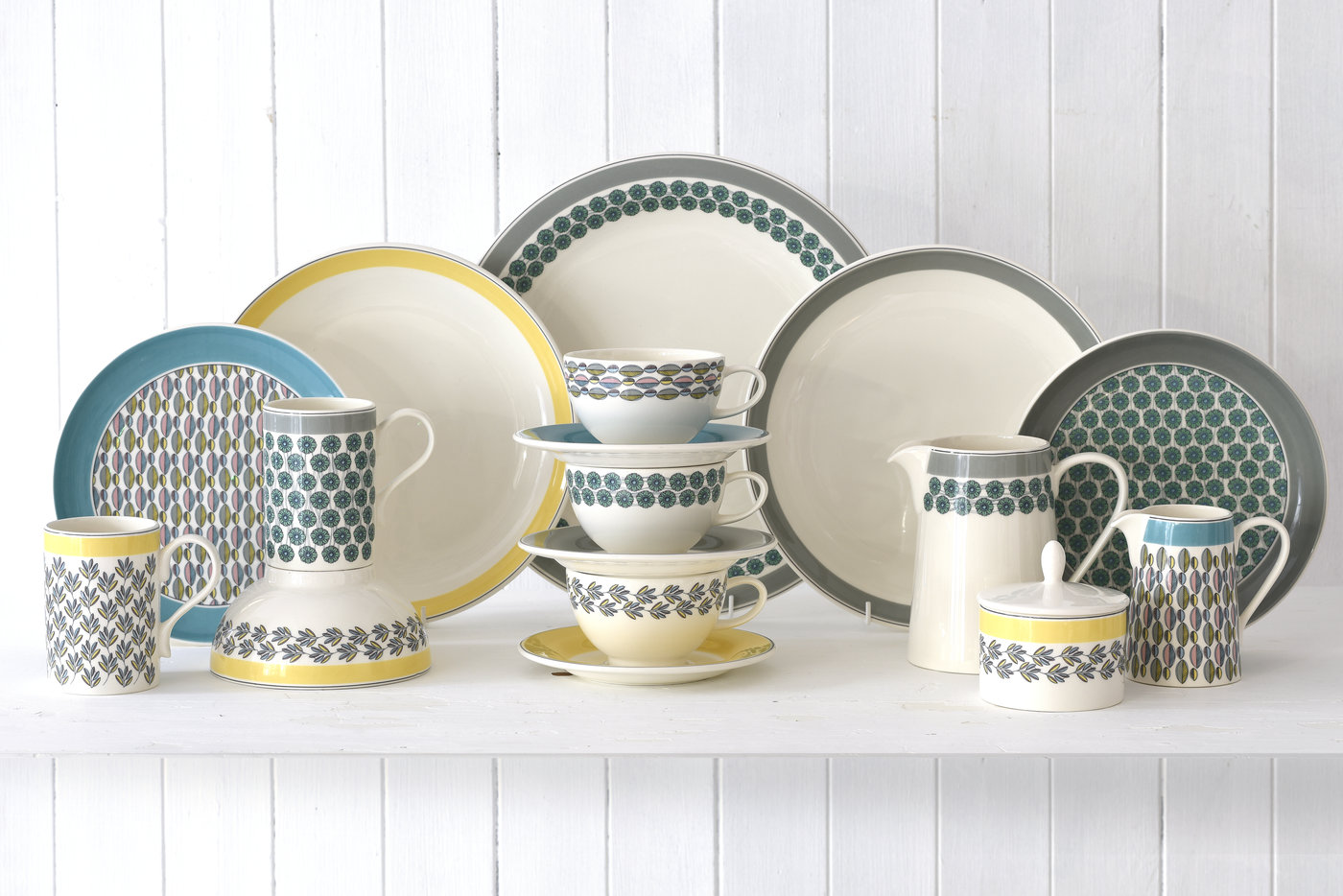 WESTERLY MIXED TABLEWARE GROUP